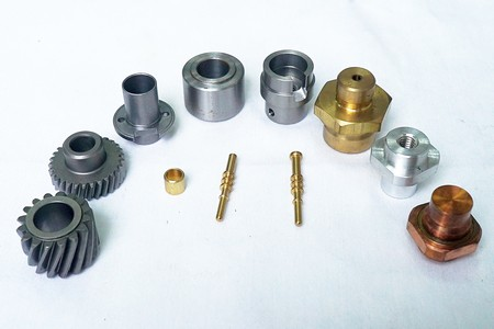 CNC screw machining parts from China